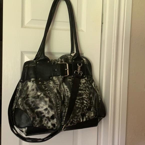 Icing Handbags - gray & black poofy cheetah w/black handles/strap
